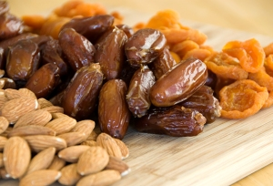 dates:almonds